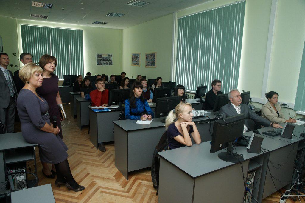 2011 год Видеоконференция с учебным центром ARPI (г. Донецк, Украина)